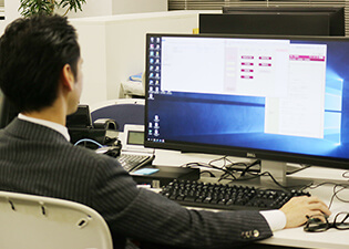 東京事務所 仕事風景